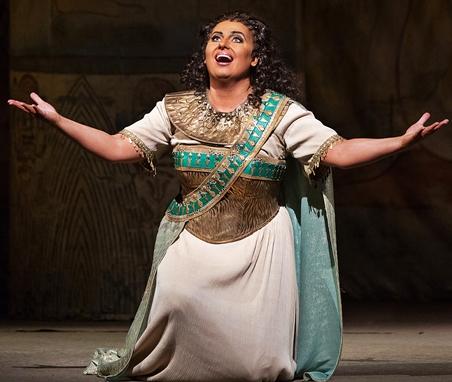 Liudmyla Monastyrska como Aida