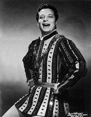 El gran Alfredo Kraus como Il Duca