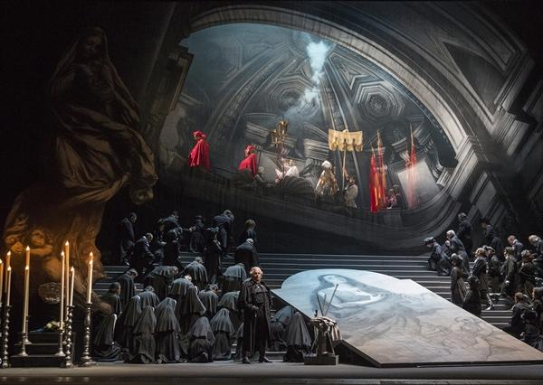 Escena de la reciente Tosca en el Teatro Comunale di Bologna