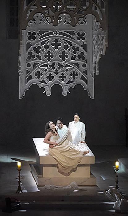 Le Comte Ory de Rossini en la Opera Comique vídeo Philippe Talbot (Le Comte Ory), Julie Fuchs (La Comtesse) y Gaëlle Arquez (Isolier)