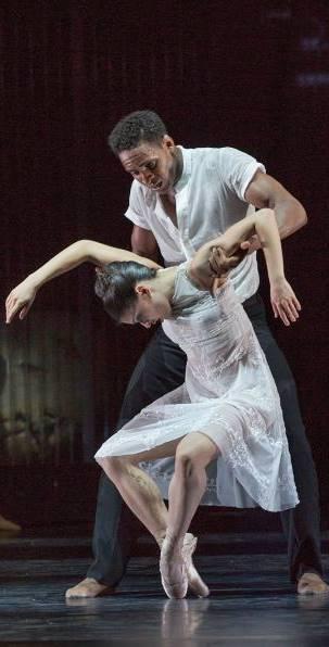Lago de los Cisnes ballet en Düsseldorf vídeo